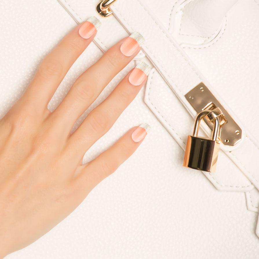 Дизайн ногтей Kiss Твердый лак imPRESS Design. Medium Length (Цвет BIPDM250 Французский поцелуй variant_hex_name E7BC9C)