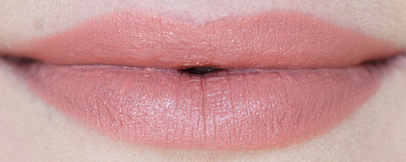 Помада Rimmel Lasting Finish By Kate Anniversary 054 (Цвет 054 Rock N Roll Nude variant_hex_name F48E96)