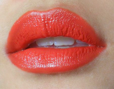 Помада Revlon Super Lustrous Lipstick 750 (Цвет 750 Kiss me Coral variant_hex_name D54034)