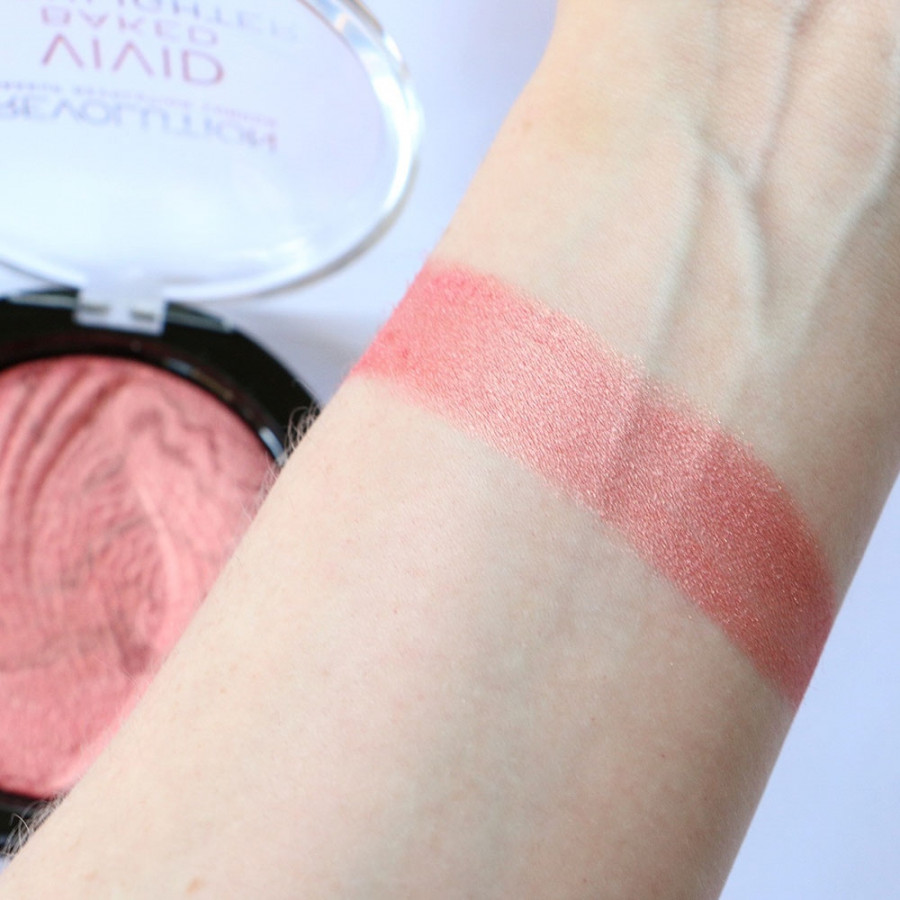 Хайлайтер Makeup Revolution Vivid Baked Highlighters Rose Gold Lights (Цвет Rose Gold Lights variant_hex_name D38781)
