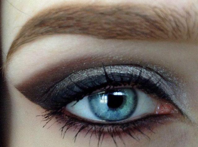 Для глаз Ga-De Idyllic Soft Satin Eyeshadow Palette 37 (Цвет 37 Silver Smoke     variant_hex_name CFC7C4)