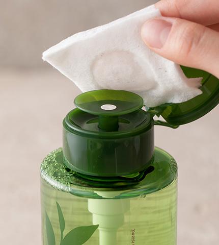 Снятие макияжа InnisFree Green Tea Cleansing Water (Объем 300 мл)