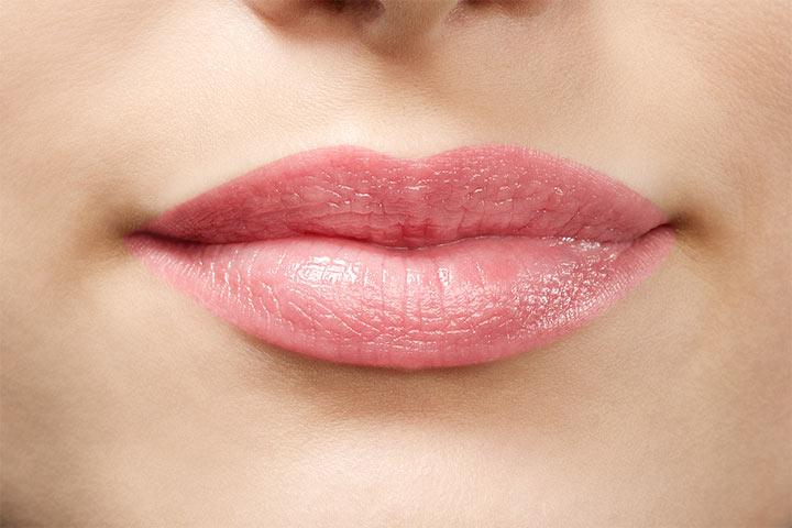 Бальзам для губ Catrice Volumizing Lip Balm 020 (Цвет 020 Delight-Full Lips variant_hex_name F2D4D7)