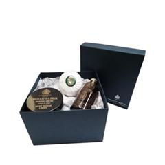 Для мужчин TruefittHill Косметический набор Bathroom Gift Set Limes (Объем 165гр+150г+200мл)