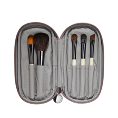 ����� ������ ��� ������� Chantecaille Travel Brush Set