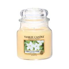 Ароматическая свеча Yankee Candle Tobacco Flower Medium Jar Candle (Объем 411 г) 411 мл автомобильные ароматизаторы yankee candle авто ароматизатор стик ночной жасмин car vent stick midnight jasmine