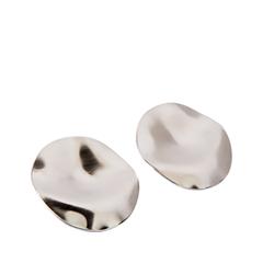 Серьги Exclaim Серьги из серебристого металла с глянцевыми переливами серьги из медицинского металла
