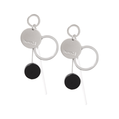 Серьги Nuance Серебристые серьги с черными подвесками-кругами серьги с подвесками эстет серебряные серьги с куб циркониями и пластиком est01с2510678 10z