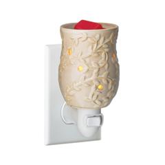 Диффузор Candle Warmers Chai Pluggable Fragrance Warmer