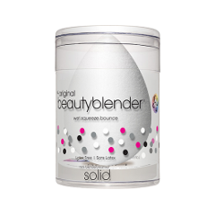 Спонжи и аппликаторы - Набор спонж beautyblender Pure + Мини-мыло для очистки Solid